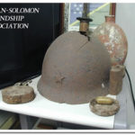 日本軍将校の軍刀と水筒
